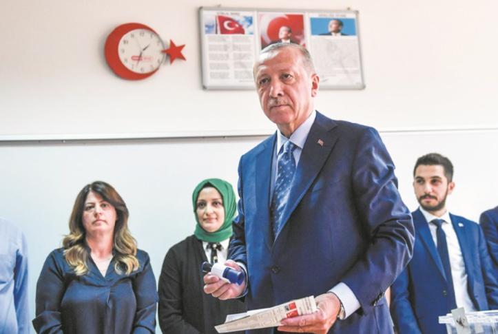 Le principal rival d'Erdogan accepte les résultats des élections