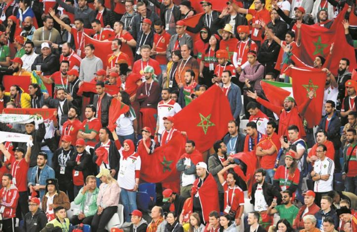 Kaliningrad vit au rythme des chants et encouragements des Marocains
