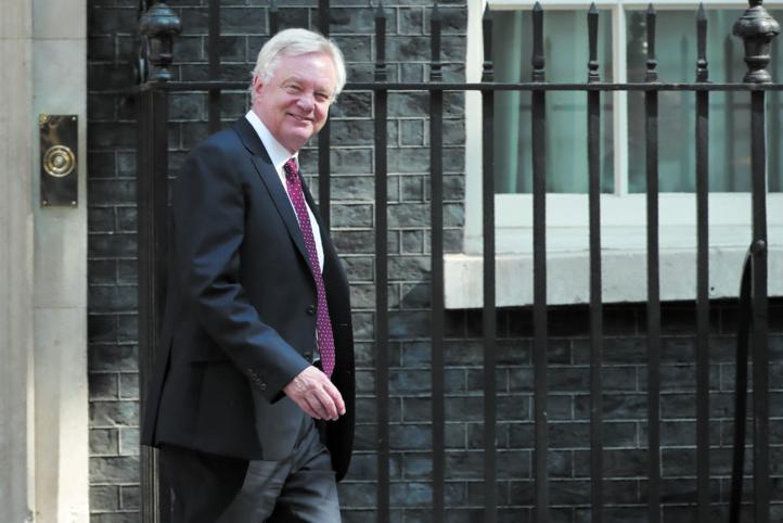 Démission du ministre chargé du Brexit