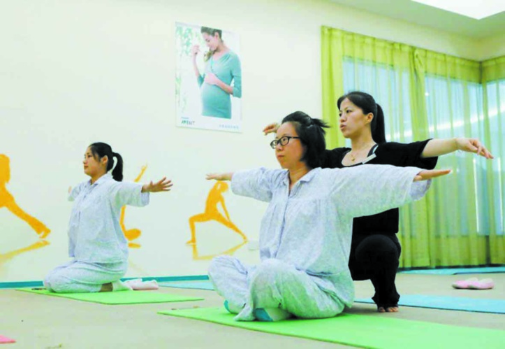 Après l'accouchement, le réconfort : Repos 5 étoiles pour mamans chinoises