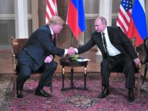 Indignation aux Etats-Unis face aux égards de Trump pour Poutine