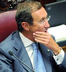 Eventuelles élections anticipées en Italie : Gianfranco Fini s'apprête à lancer un nouveau parti