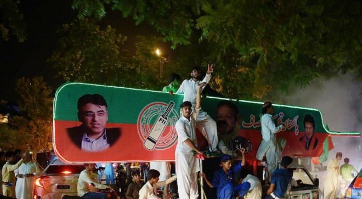 Le Pakistan en plein chaos électoral