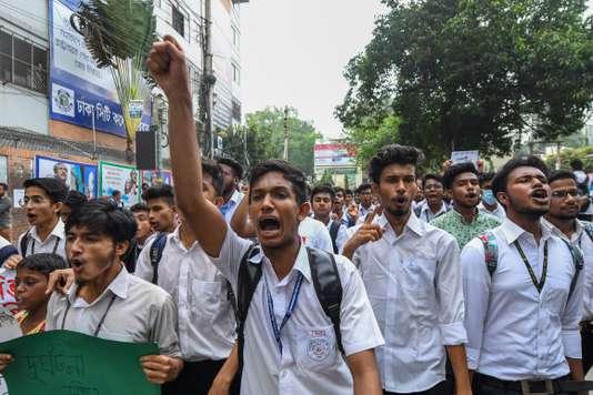 Le Bangladesh coupe l'Internet mobile pour contrer des manifestations étudiantes