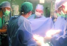 CHU Hassan II de Fès : Greffe d'un poignet et d'une jambe sectionnés