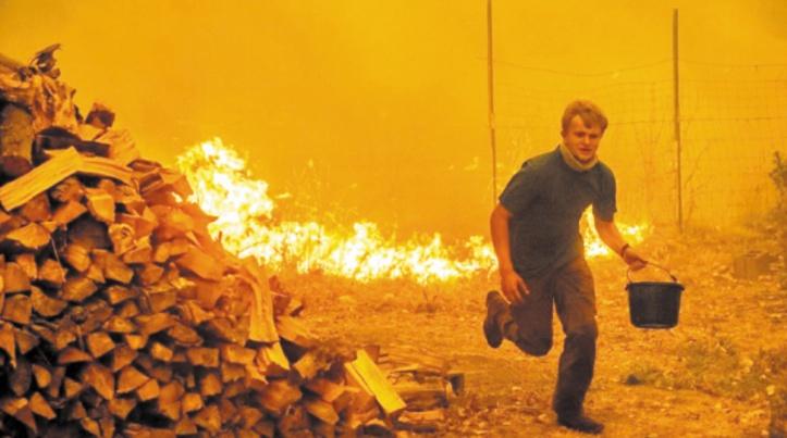 De gigantesques incendies poursuivent leur course folle en Californie
