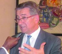 """Entretien avec René Carron, président sortant de la Confédération internationale du crédit agricole : """"Le microcrédit ne doit pas être une réalité parcellaire, mais un véritable outil du développement de l'agriculture"""""""