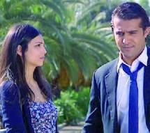 """Entretien avec l'actrice Zineb Oubaid : """"J'aimerais jouer le rôle d'une méchante"""""""
