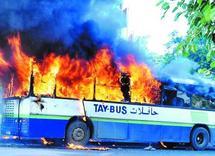 Un bus en feu à Settat