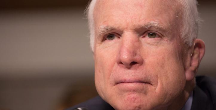 John McCain, un volcan de la politique américaine s'éteint