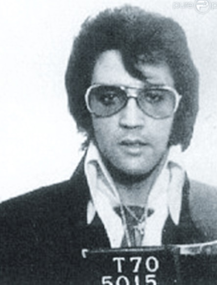 Quand les stars se font tirer le portrait en prison !  Elvis Presley
