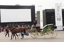 Le FIFM continue à flatter son large public avec la projection de films à la place Jamaa El Fna