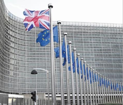 """""""Tunnel de négociations"""" à Bruxelles pour trouver un accord sur le Brexit"""