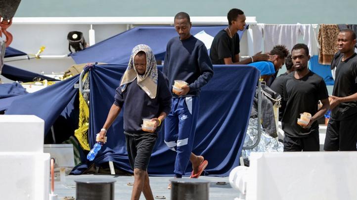 Indignation après la décision de Salvini d'évacuer des migrants d'un village