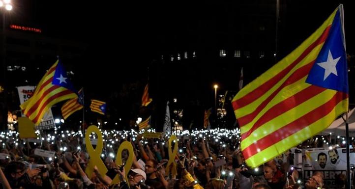 Manifestations en Catalogne pour dénoncer l'emprisonnement des dirigeants indépendantistes