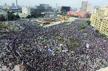 La rue continue à être occupée par les manifestants : L'armée juge légitimes les revendications du peuple égyptien