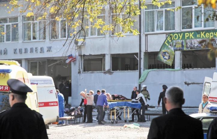 Au moins 18 morts dans une fusillade en Crimée