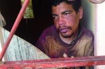 Un jeune homme abandonné par son père pour satisfaire son épouse : Séquestré à deux reprises dans des conditions inhumaines