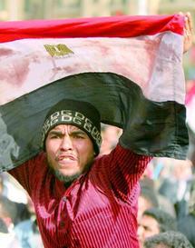 Les manifestants égyptiens toujours aussi décidés : Le «Vendredi du départ» sonne le glas du Raïs