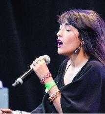 """En lice dans la catégorie """"Album de l'année"""" : Zahra Hindi nominée pour """"Les Victoires de la musique"""""""