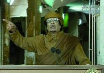 Des morts et des blessés par centaines en Libye : Comme si ce n'était pas suffisant, Kadhafi promet l'enfer