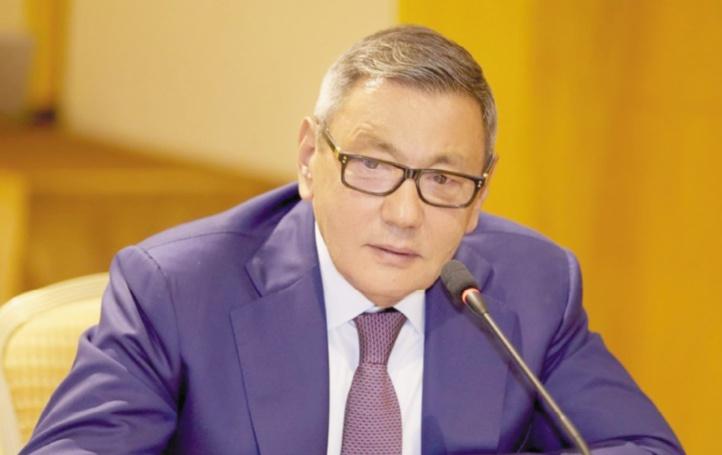 L'ascension peu orthodoxe de Gafur Rakhimov au sommet de la boxe mondiale
