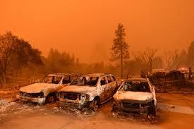 La Californie toujours  en proie aux flammes