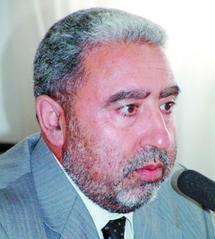 """Le prix """"Arab Booker """"  pour Mohamed Al Achaâri"""
