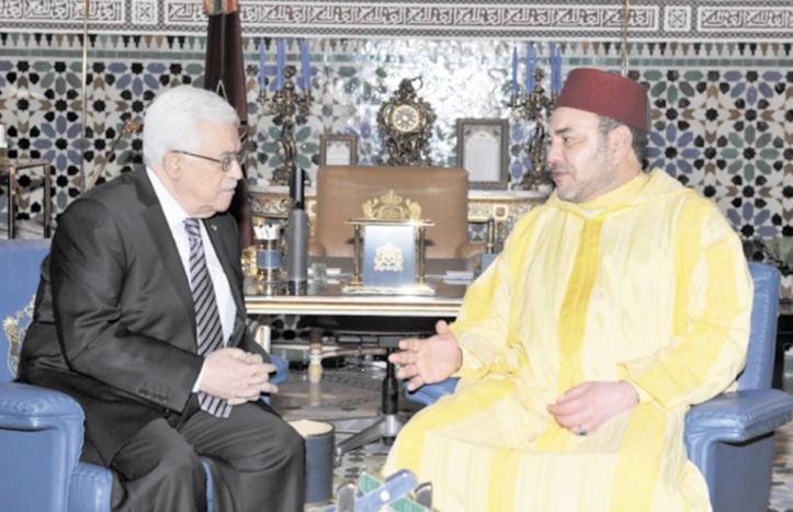 S.M le Roi et le Président  palestinien Mahmoud Abbas.