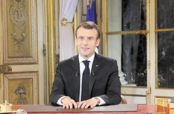 Les nouvelles concessions de Macron peinent à convaincre