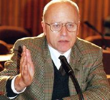 """Le philosophe autrichien Hans Kockler : """"Les puissances occidentales guettent les révolutions arabes"""""""