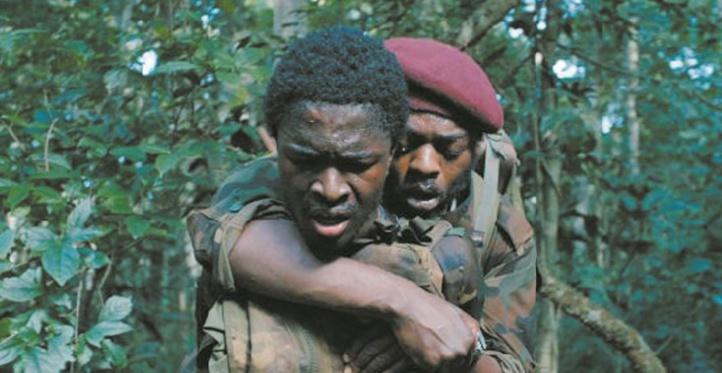 """""""La clémence de la jungle"""", une guerre indécise où seul le plus fort peut survivre"""