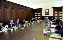 Dialogue social : série de mesures pour promouvoir la situation des salariés et des fonctionnaires : Directives Royales pour l'augmentation du SMAG
