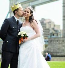 Le monde célèbre un mariage so british