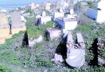 Saleté, insécurité, élitisme et désordre général… : La mort a un autre goût au cimetière Laalou à Rabat