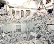 L'un des fils de Kadhafi touché mortellement : L'OTAN soutient que ses attaques sont conformes à la résolution onusienne