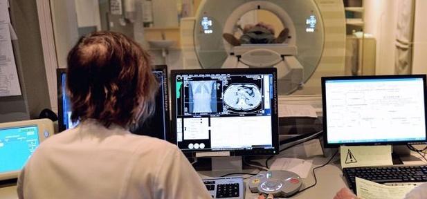 Les robots meilleurs que les médecins pour dépister le cancer du col de l'utérus