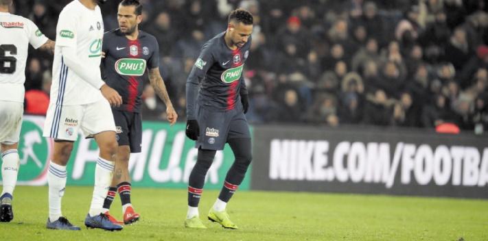 Blessure de Neymar : Le spectre d'une longue indisponibilité inquiète le PSG