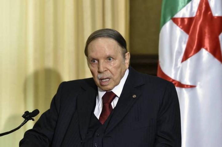 Bouteflika tenté par  un cinquième mandat