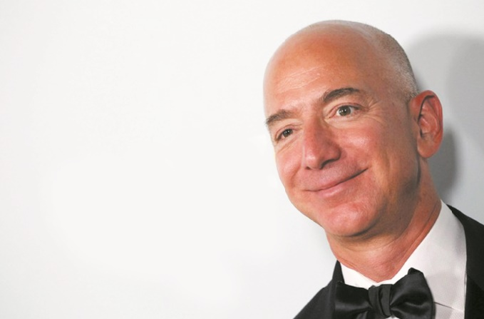 Jeff Bezos : L'homme le plus riche du monde est prêt à rendre coup pour coup