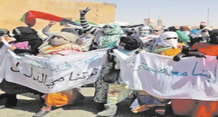 Les habitants des camps de Tindouf se rebellent contre le Polisario