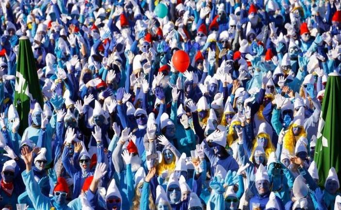 Insolite : Le plus grand rassemblement de schtroumpfs