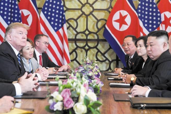 Trump et Kim se séparent à Hanoï sur un échec