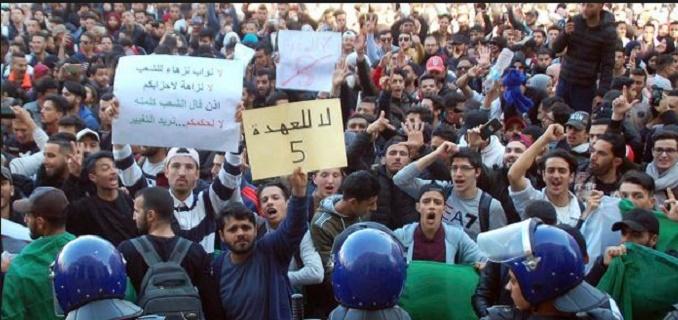 Une dizaine de journalistes arrêtés à Alger