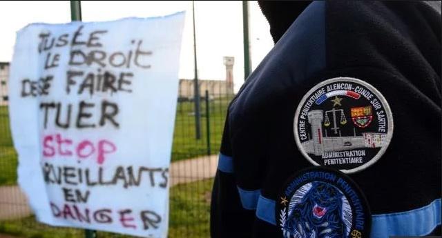 Des prisons encore bloquées, dont celle de Condé où deux surveillants ont été poignardés