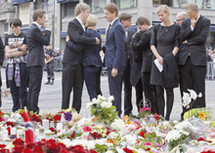 Attentats en Norvège: Le principal suspect devant la justice