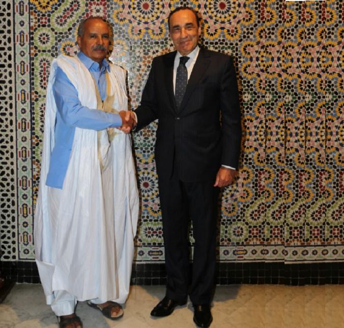 Poignée de main entre Habib El Malki  et Cheikh Ould Baya, …