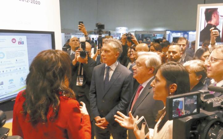 Le Secrétaire général de l'ONU et le Président argentin au pavillon de  l'Argentine dans le cadre de la Conférence sur la coopération Sud-Sud.                                           Ph. UN
