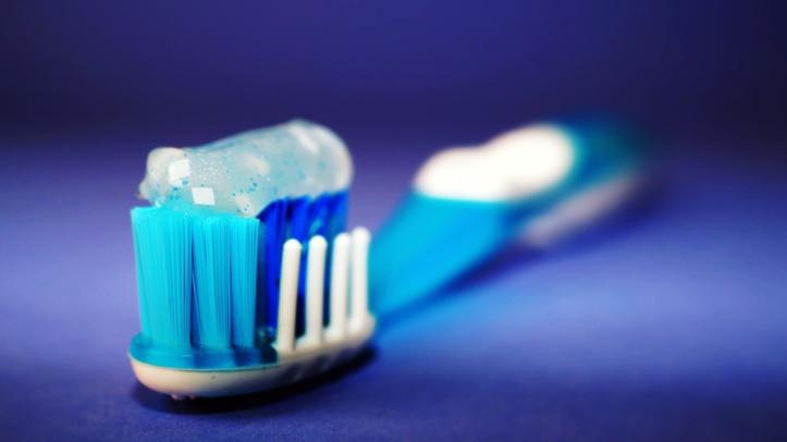 Le dentifrice, garantie d'une bonne hygiène bucco-dentaire et danger pour la santé