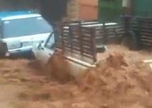 Des pluies torrentielles s'abattent sur la capitale des Zayanes : Une femme tuée et 141 maisons inondées à Khénifra